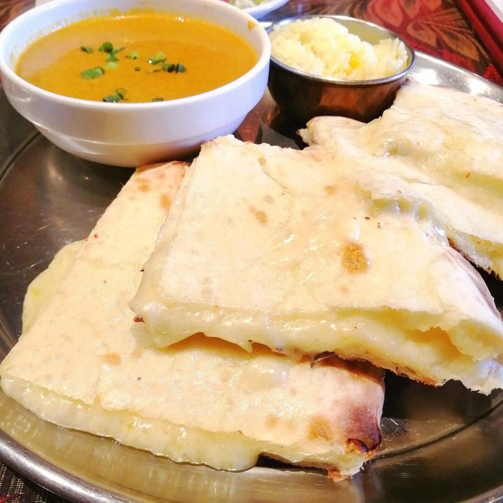 サラムナマステチーズナン