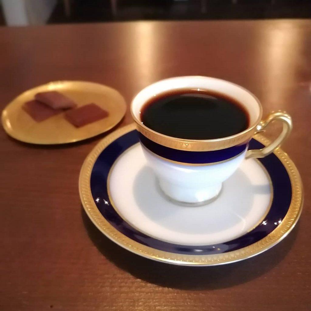 蔵前コーヒー「蕪木」デミタスとチョコレート