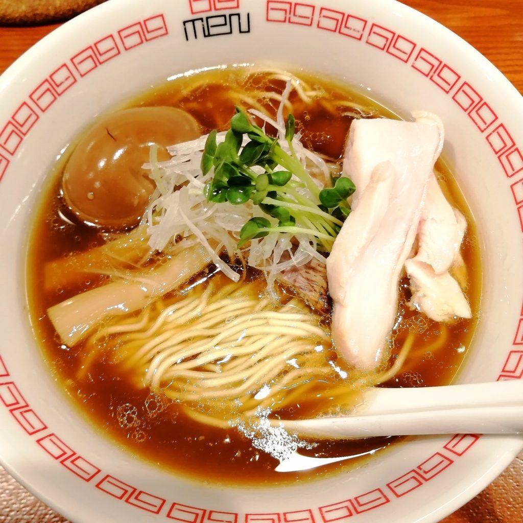 高円寺ラーメン「六九麺」鶏香 醤油六九麺