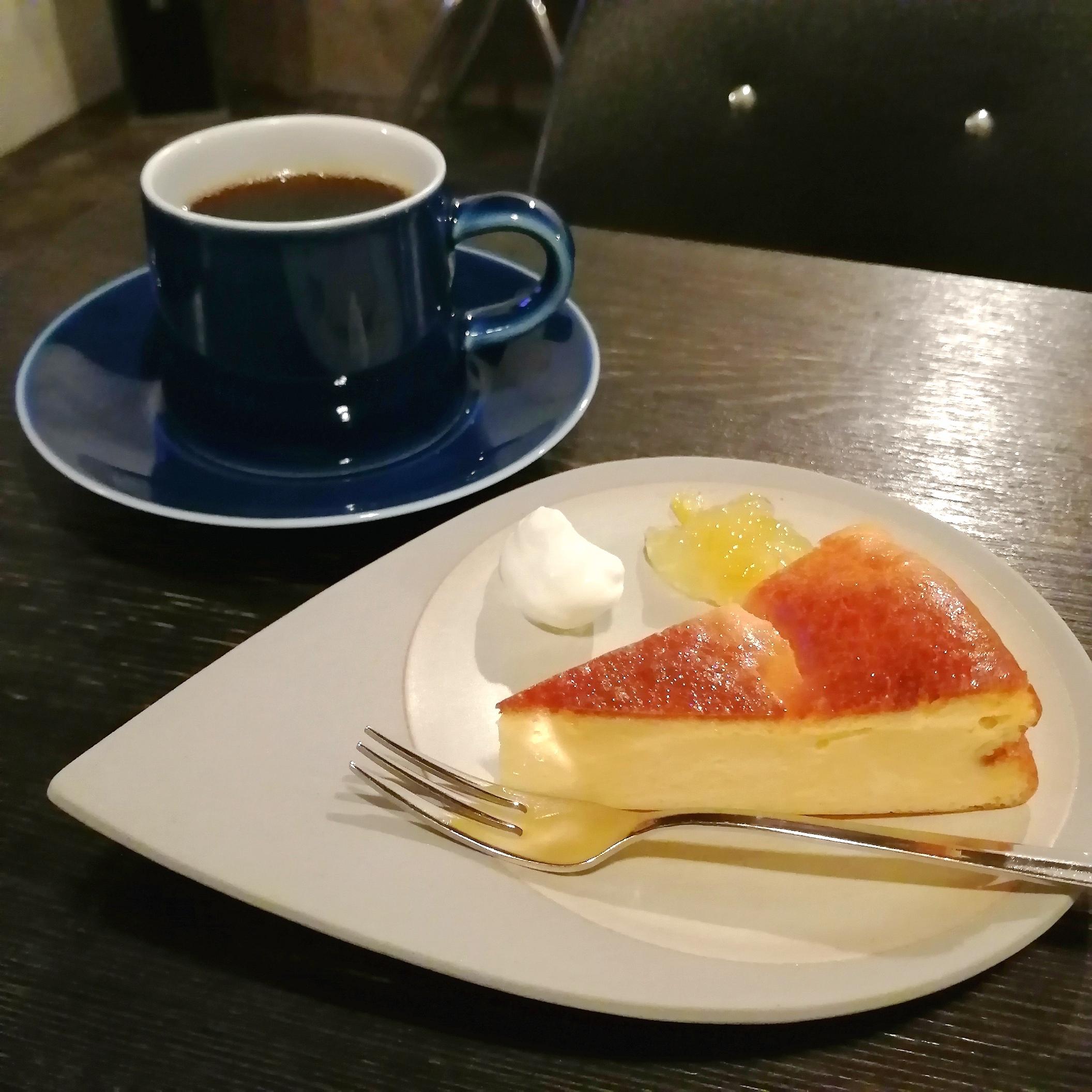 cityチーズケーキとマンデリン