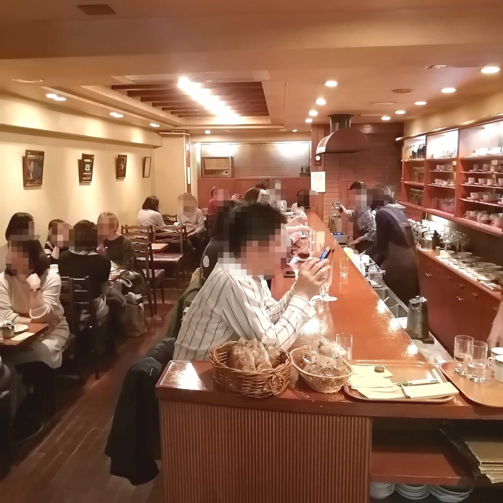 銀座コーヒー「十一房珈琲店」店内