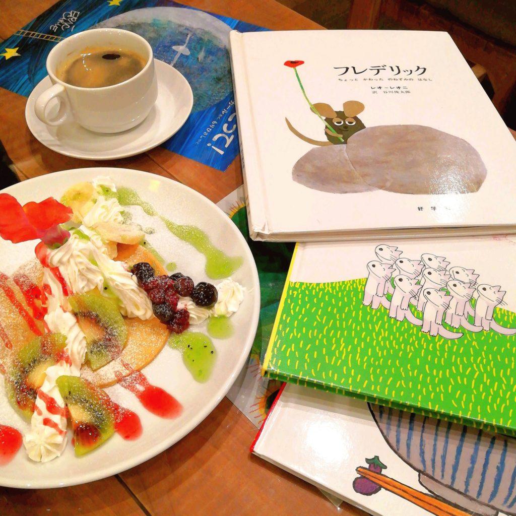 高円寺カフェ「ムッチーズカフェ」クッキーデザートプレートとコーヒー