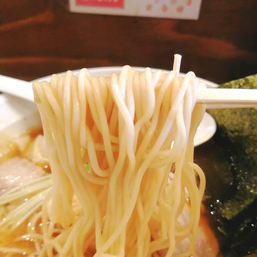 新高円寺ラーメン「くろ助」特製醤油ラーメン・麺