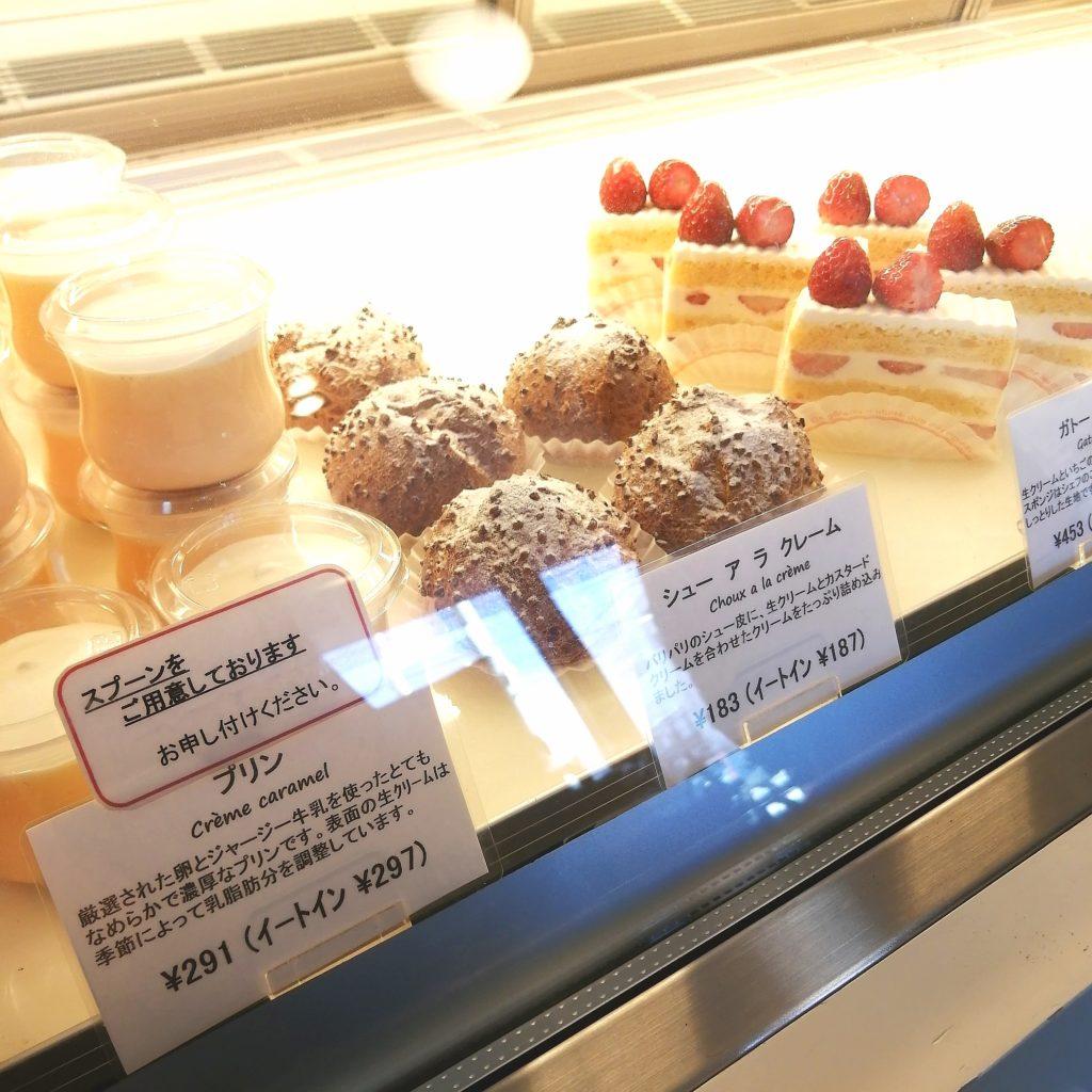 高円寺モンブラン「ラブリコチエ」ショーケース内のケーキ2