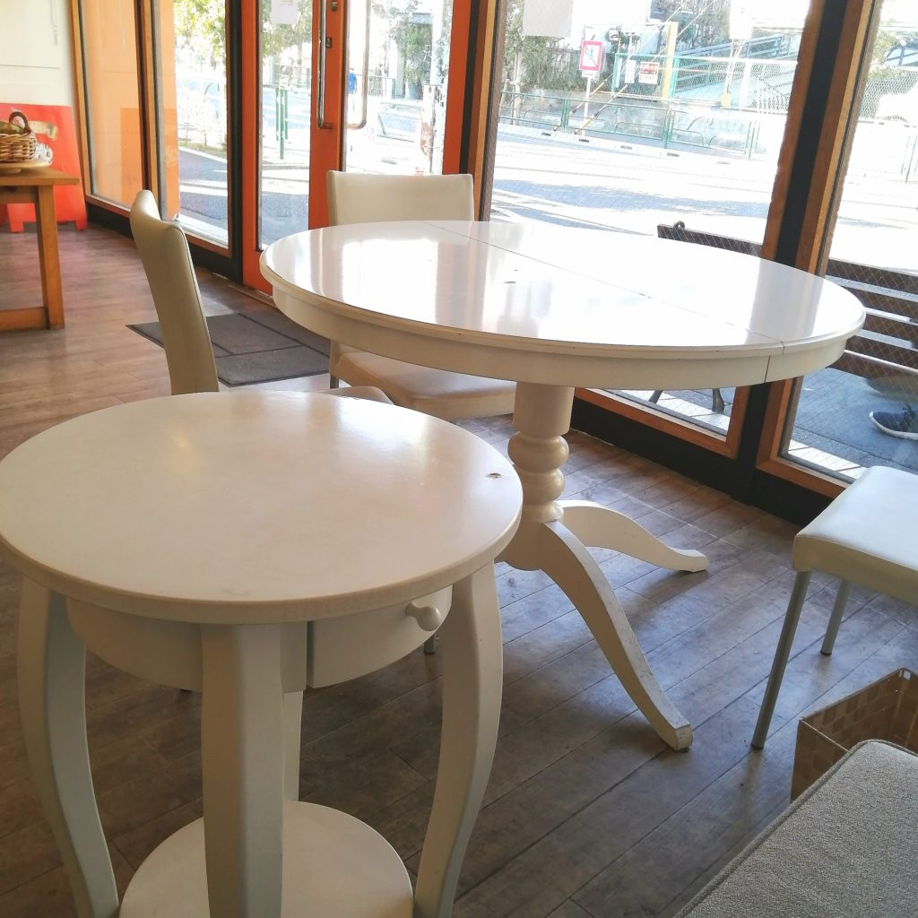 高円寺モンブラン「ラブリコチエ」テーブル席