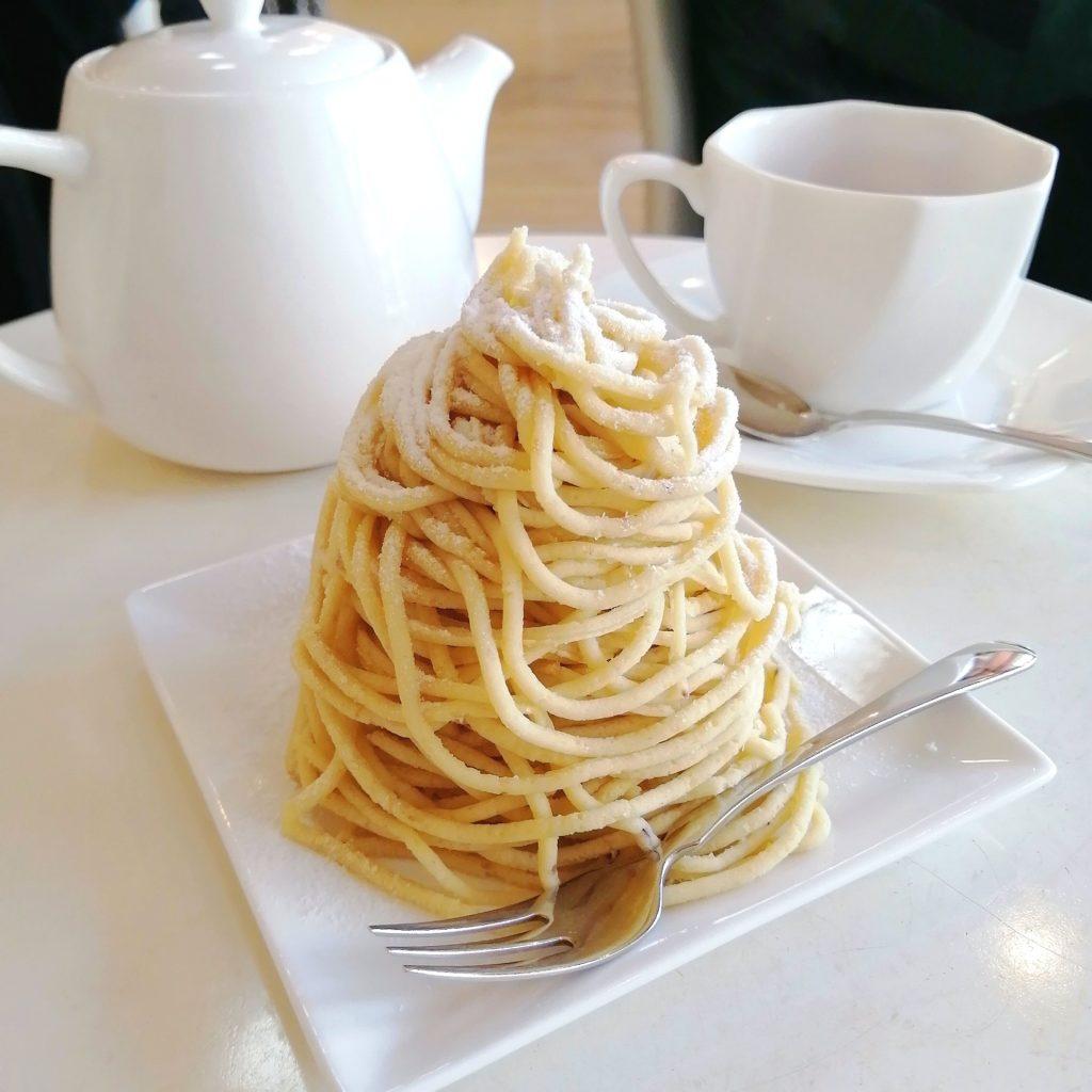 高円寺モンブラン「ラブリコチエ」モンブランと紅茶のセット