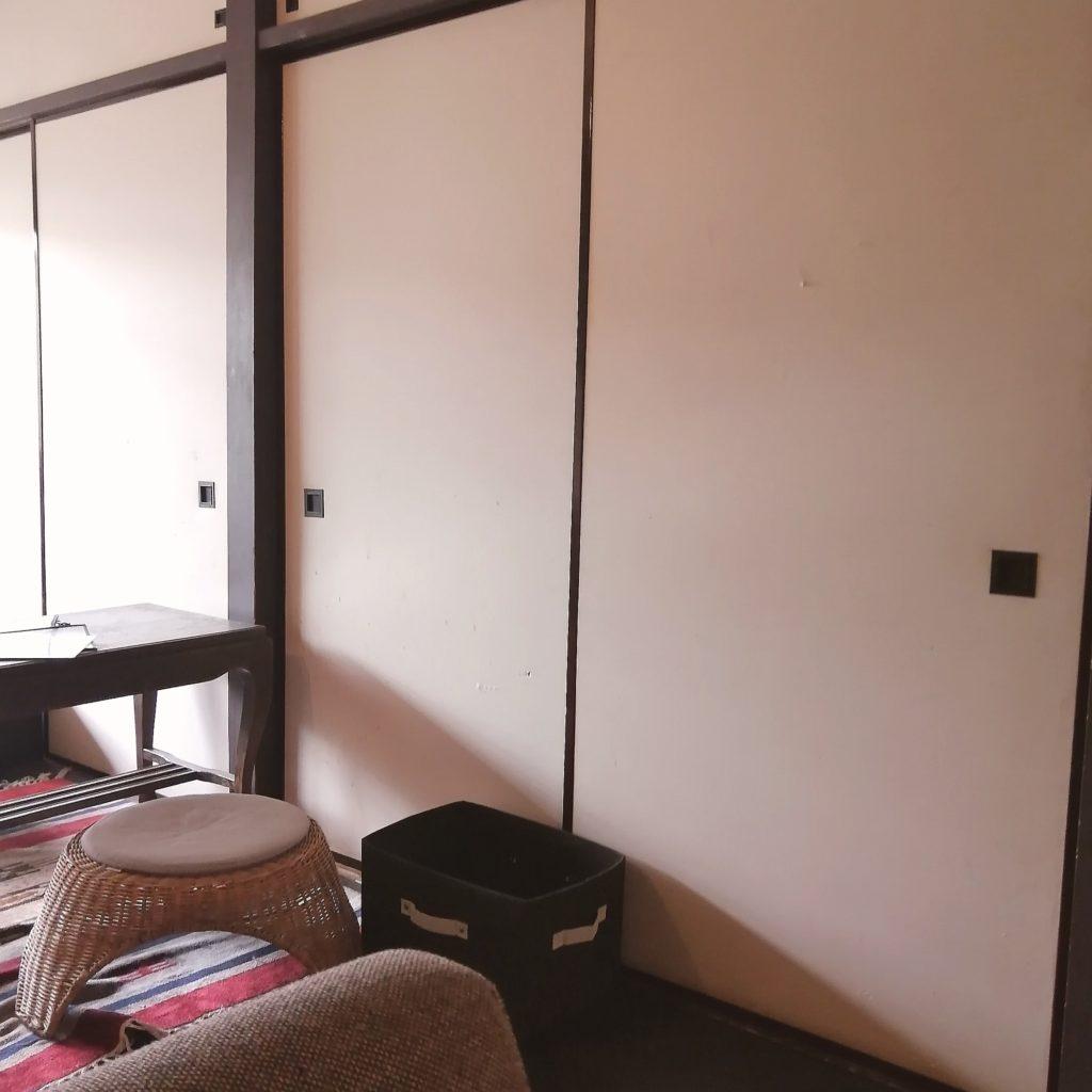 新高円寺カフェ「honohono cafe」店内・2階ふすま