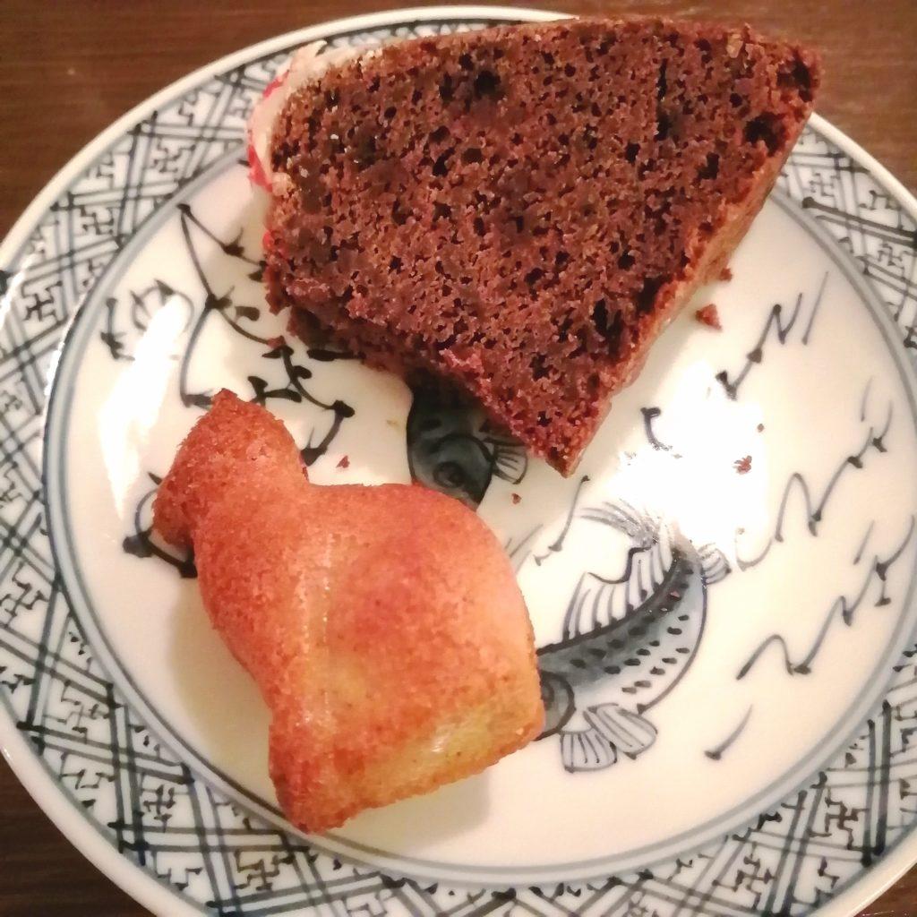 四ツ谷コーヒー「猫廼舎」メニュー・フィニャンシェとチョコパウンドケーキ
