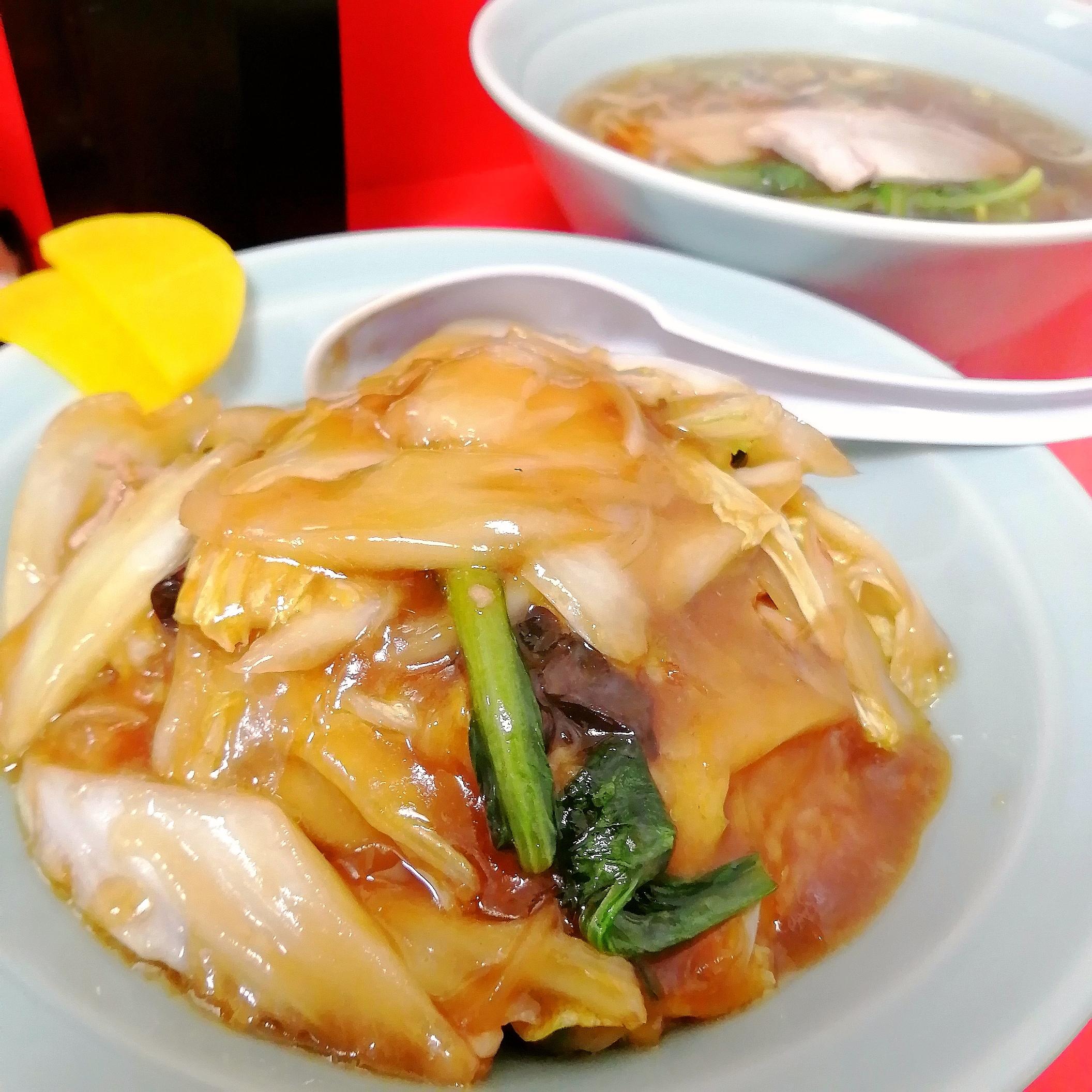 櫂ちゃん・中華丼+半ラーメン