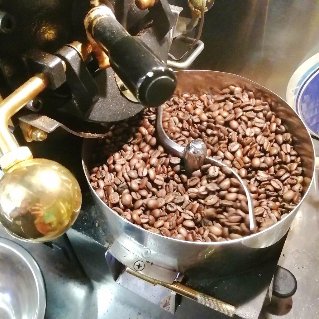 コーヒー焙煎「繁田珈琲焙煎倶楽部」1回目の焙煎完了