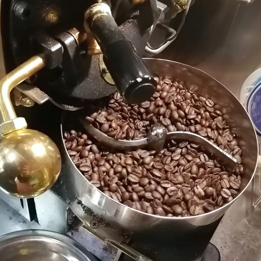 コーヒー焙煎「繁田珈琲焙煎倶楽部」2回目の焙煎完了