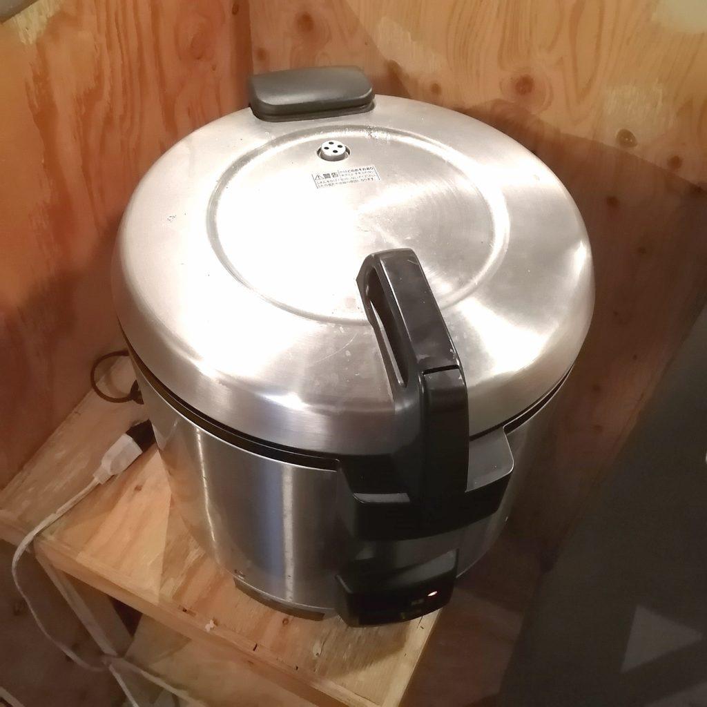 高円寺肉料理「ブラチョーラ」ライスはお替り自由