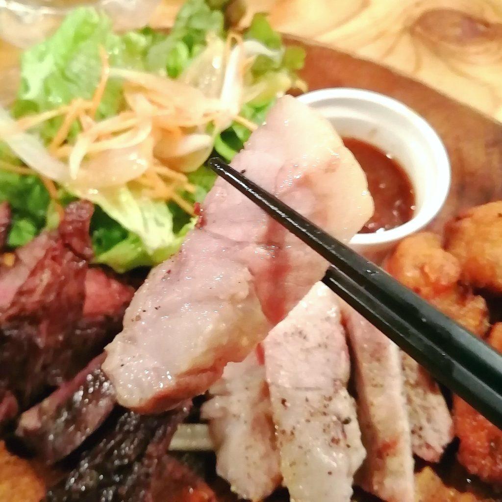 高円寺肉料理「ブラチョーラ」肉あいもりステーキプレート・豚ステーキ