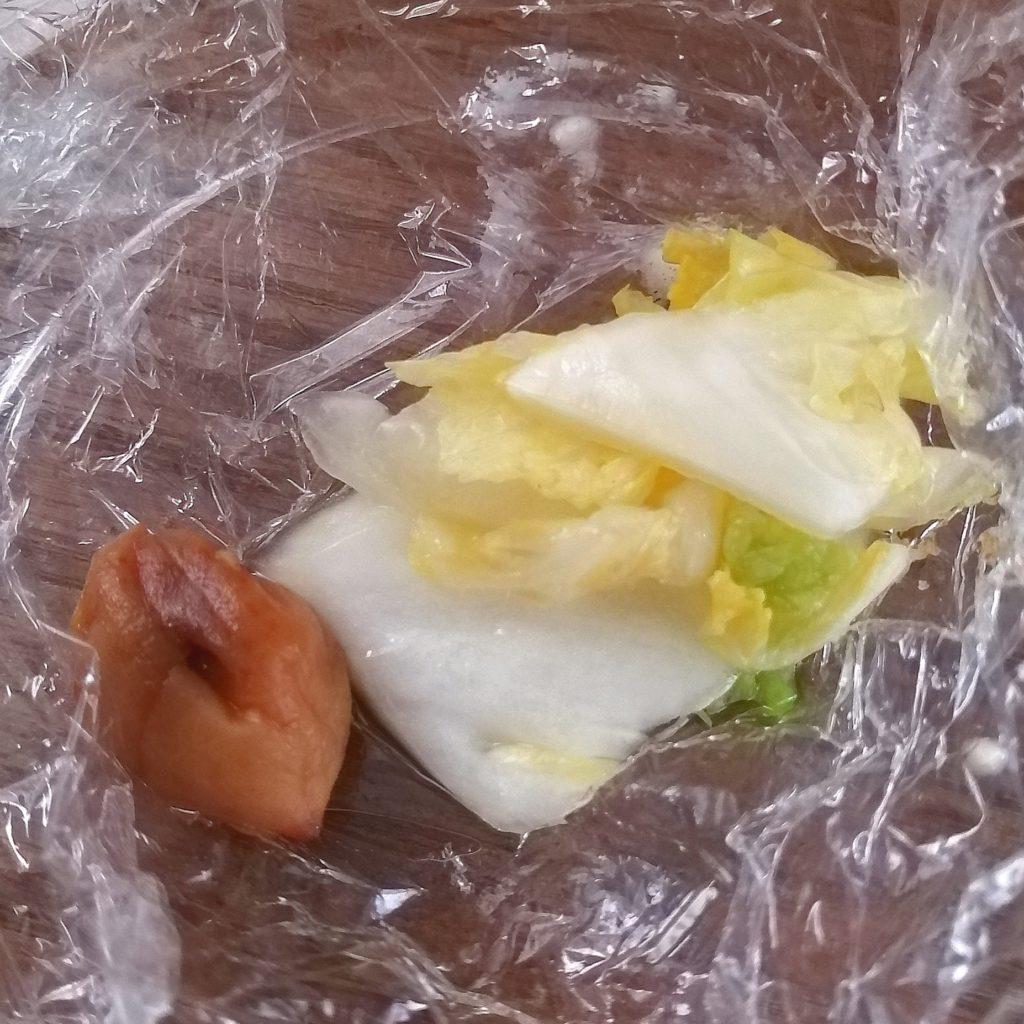 高円寺テイクアウトお弁当「とりかつ たるたる 金いろ」ささみカツ&ももカツセット・お漬物