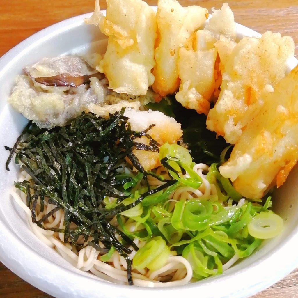 高円寺テイクアウトお蕎麦「くら家」いかぶっかけ蕎麦アップ