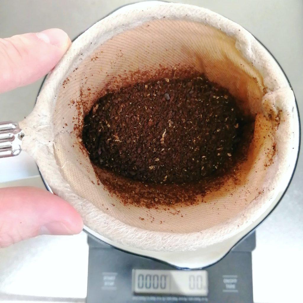 千葉・船橋コーヒー豆「喫茶いずみ」ネル抽出