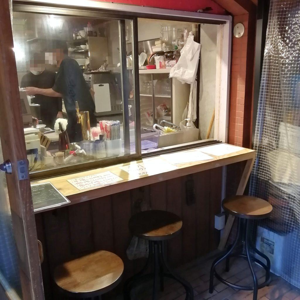 高円寺テイクアウト「ブラチョーラ」カウンター