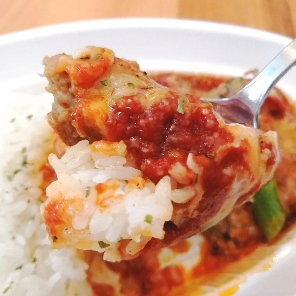 新高円寺テイクアウト「honohono cafe」たっぷりチーズのトマト煮込みハンバーグ・実食
