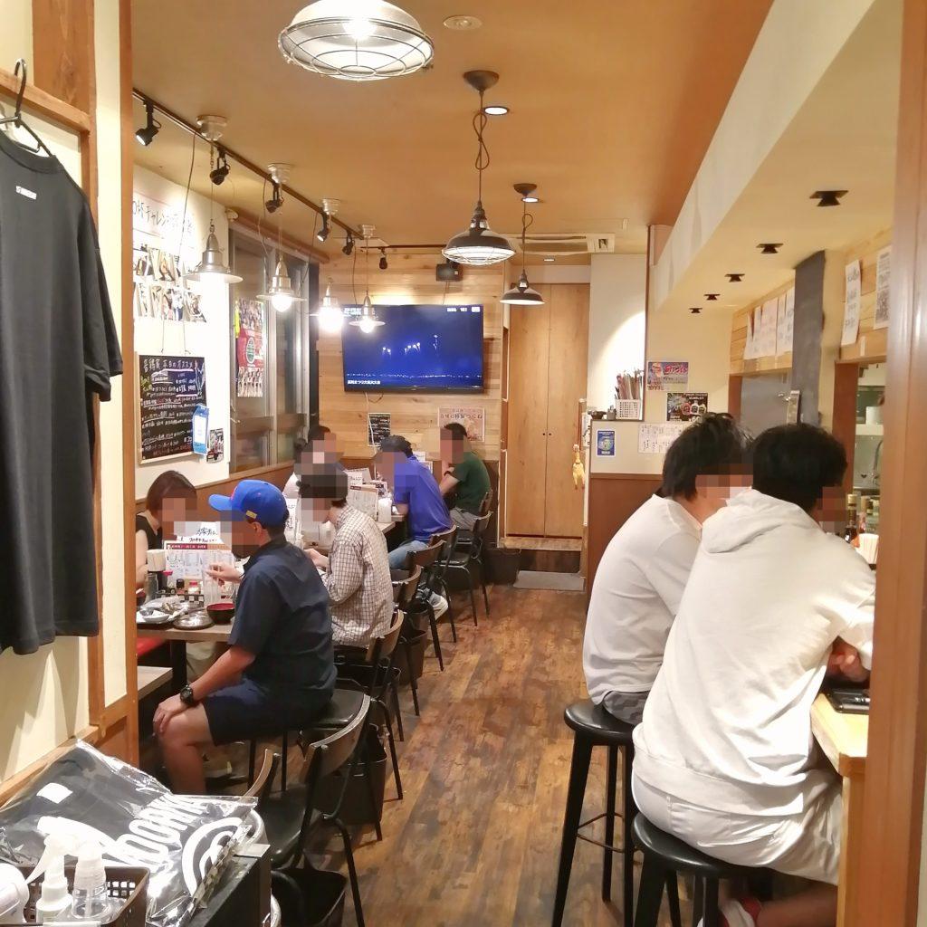 高円寺焼き鳥テイクアウト「音鶏家」店内
