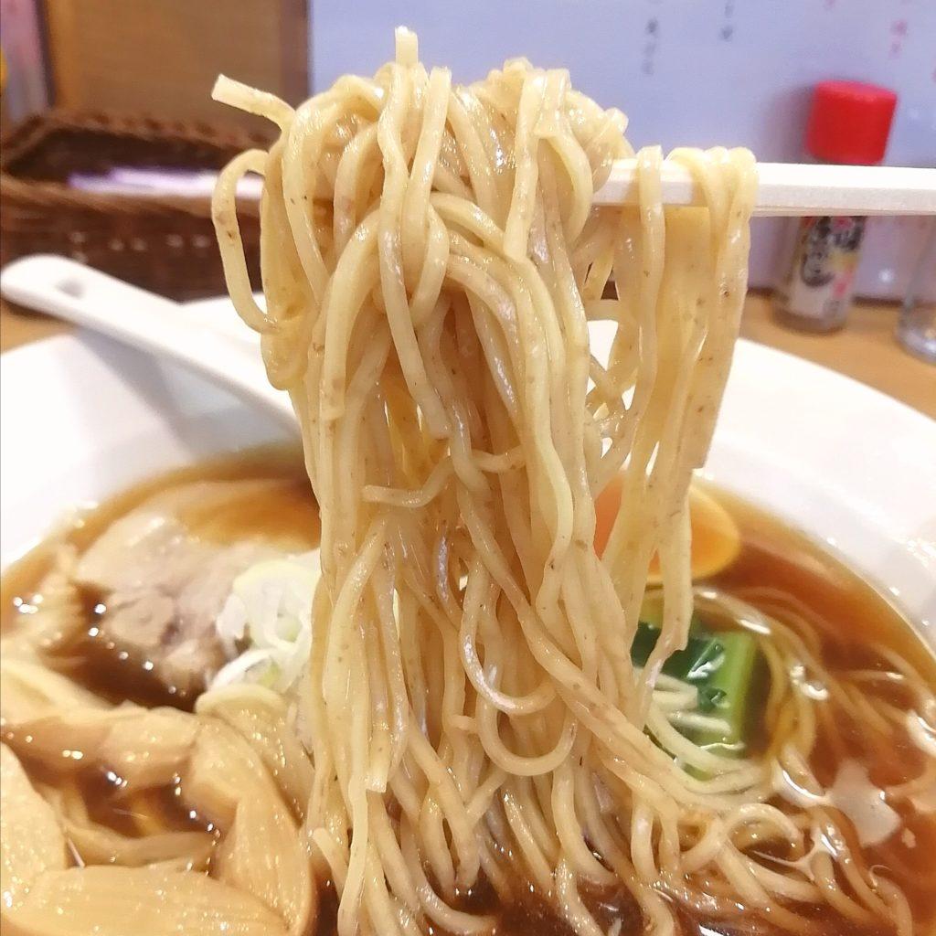 高円寺ラーメン「三神森」海老だし醤油ラーメン・麺