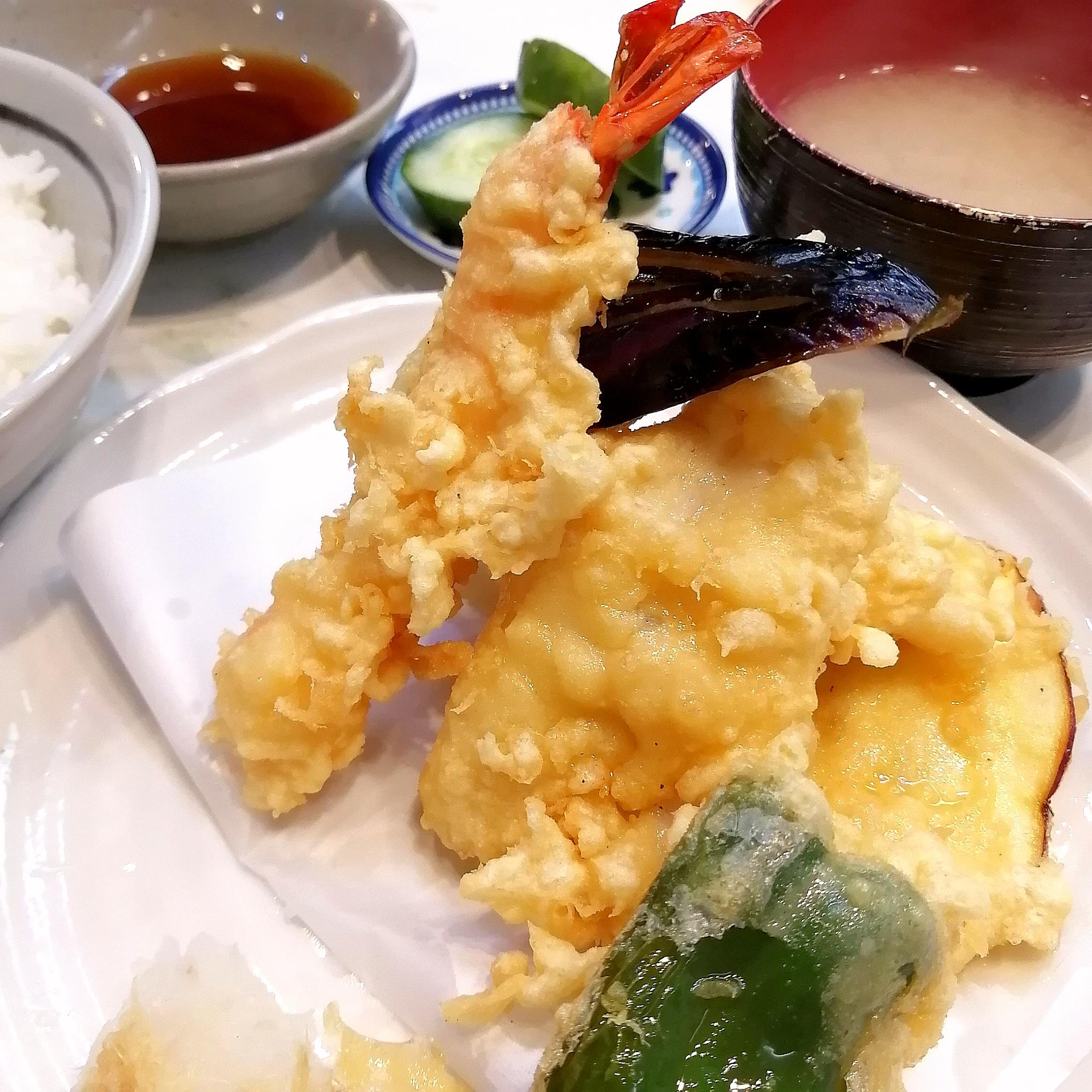 富士川食堂・盛り合わせ天ぷら定食