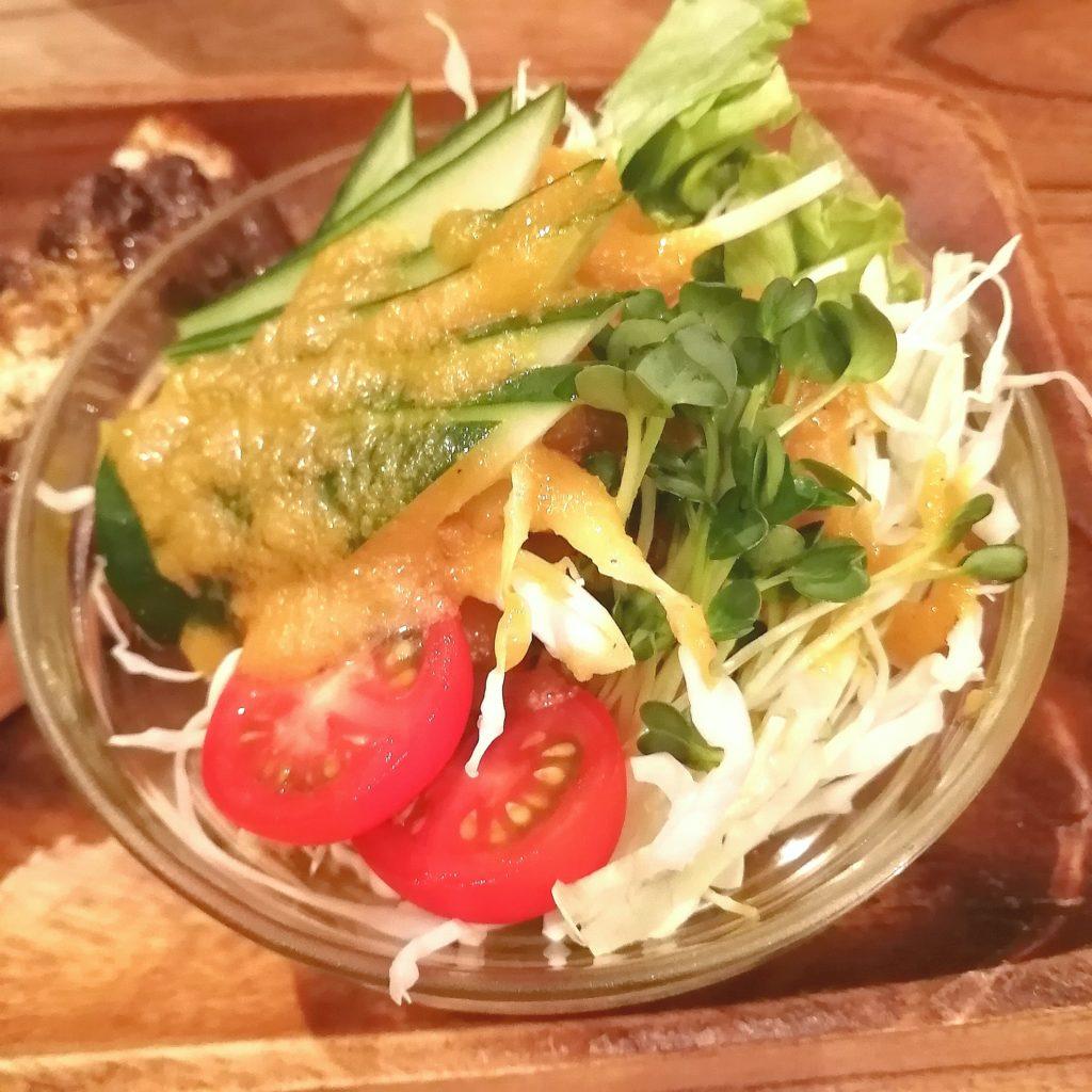 高円寺トースト「ノラや」三色トースト・サラダ