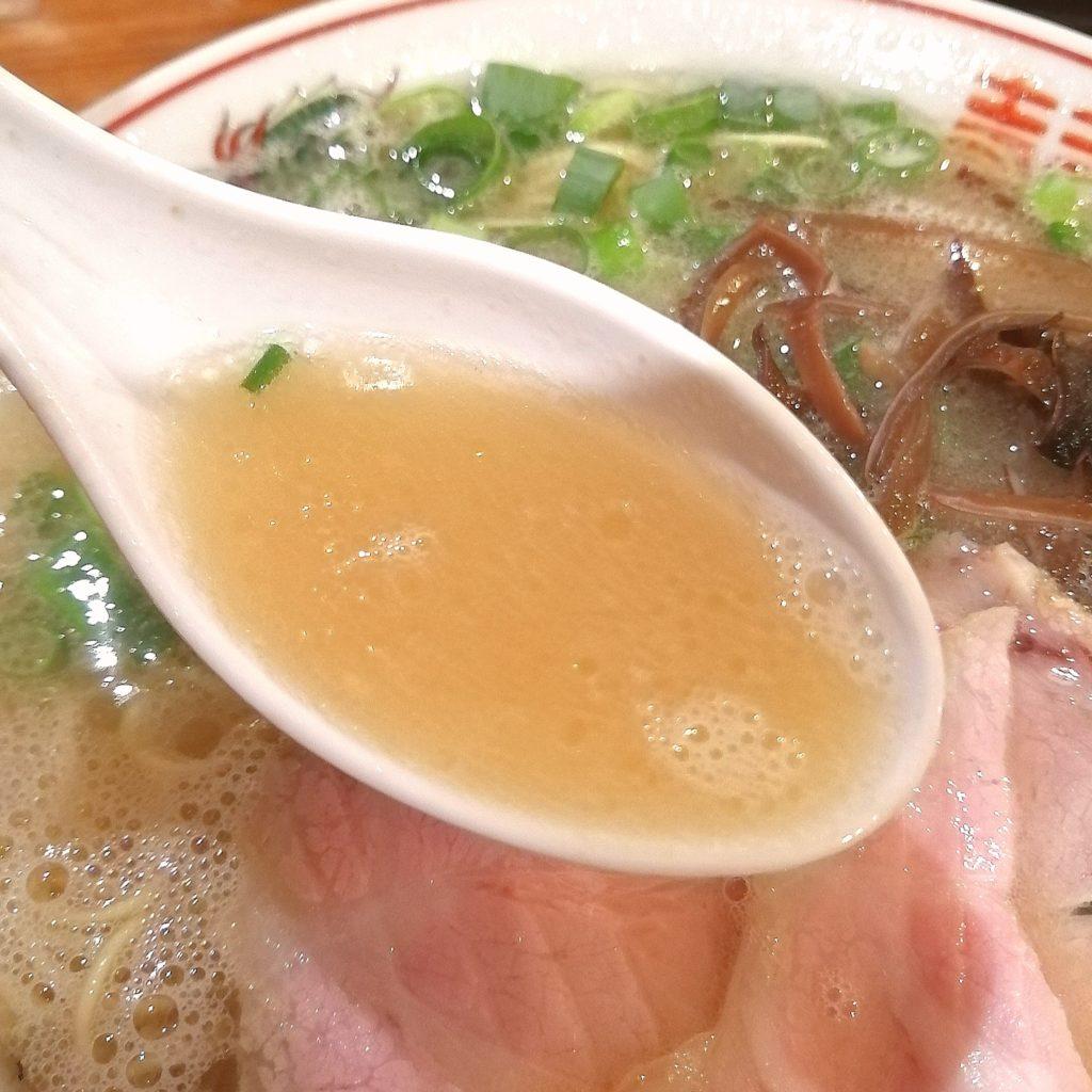 高円寺豚骨ラーメン「中洲屋台 健太」長浜ラーメン・スープ