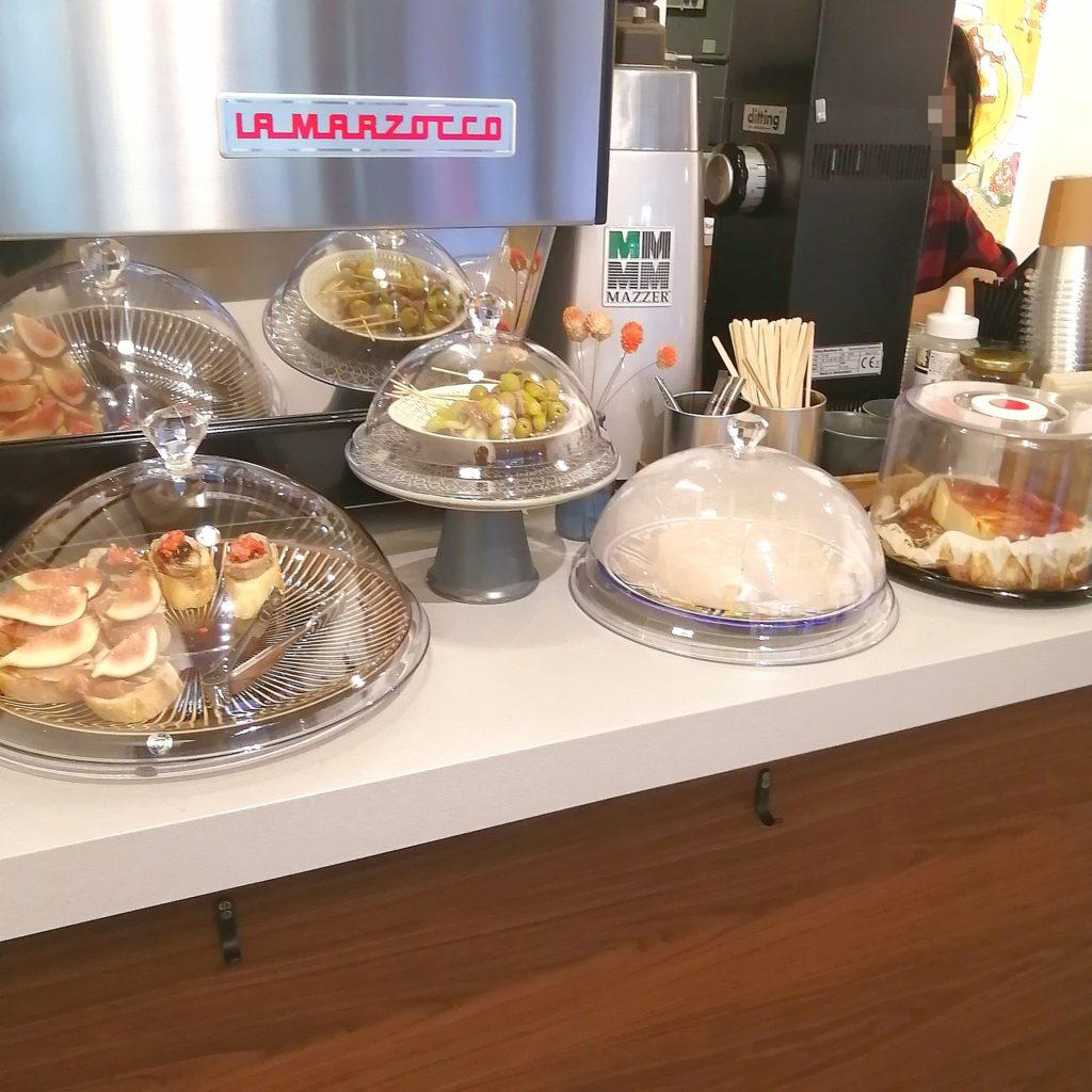 高円寺コーヒースタンド「CLOUDS ART+COFFEE」スペイン料理