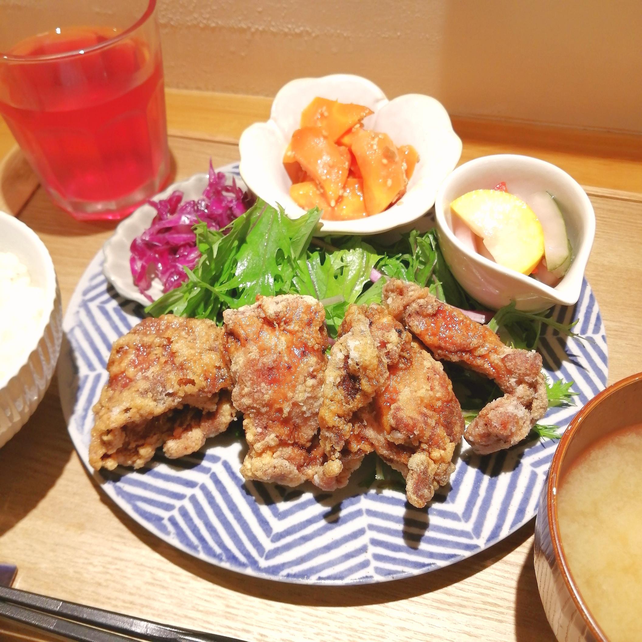 高円寺食堂・唐揚げ定食