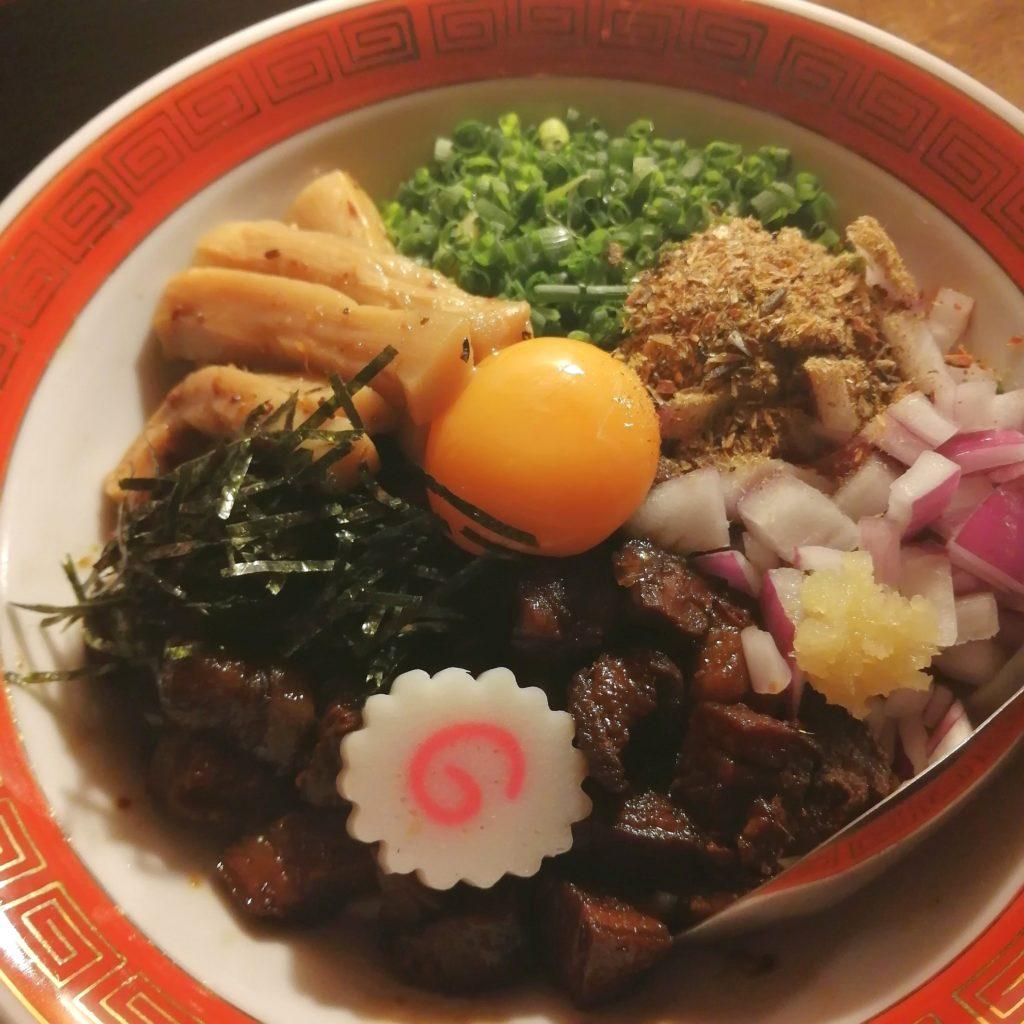 高円寺油そば「焼貝 あぶさん」煮干しルーロー花椒油そば