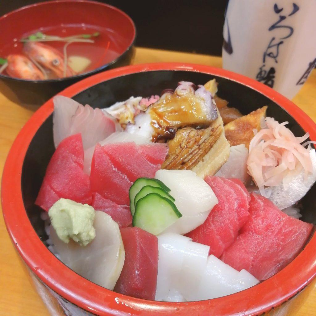 高円寺お寿司「いろは鮨」ちらし寿司