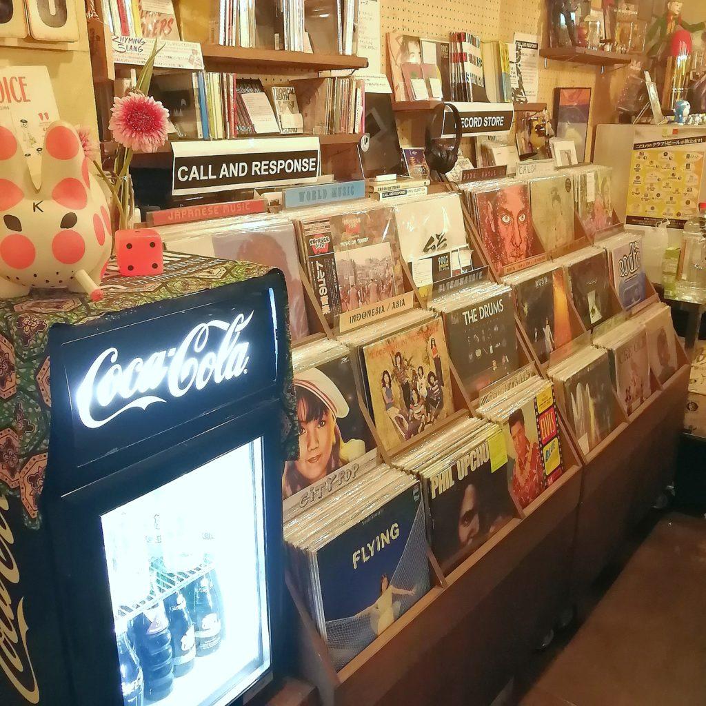 高円寺インドネシア料理「SUB store」アナログレコード