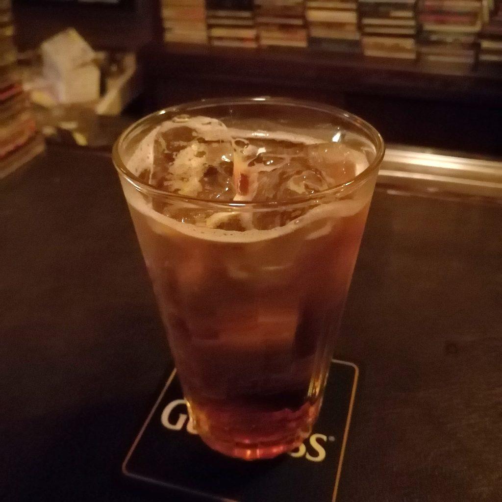 高円寺ミュージックバー「BAR 長州ちから」ウイスキーベースの神社ペールカクテル