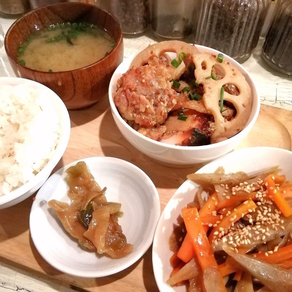 高円寺隠れ家カフェ「Cafe & Bar GAKUYA」ハニーマスタードチキン定食
