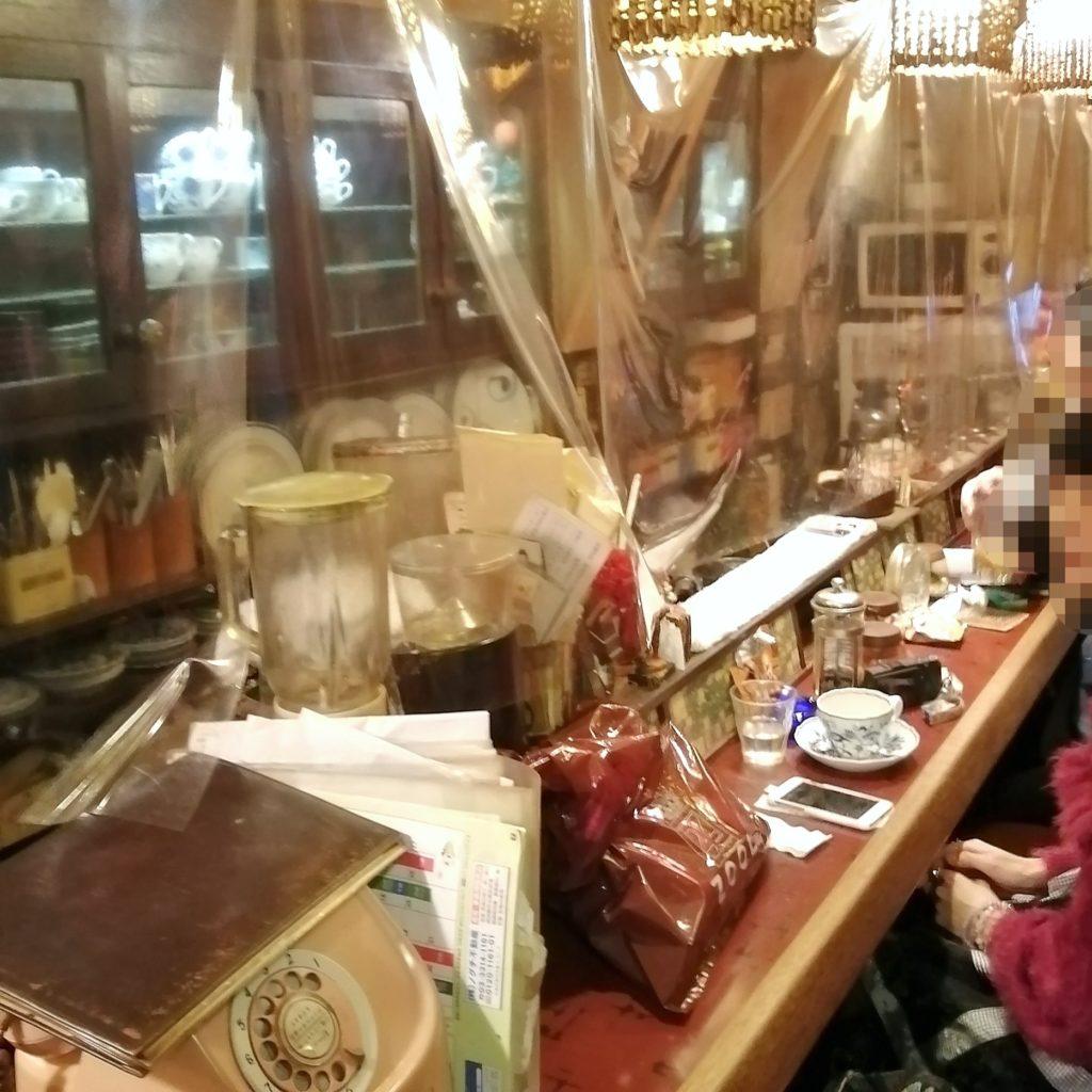 高円寺喫茶店「コーラル」店内