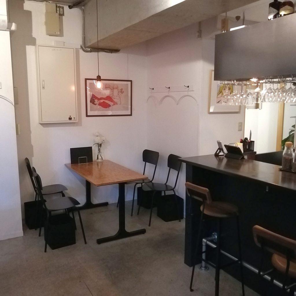 西荻窪コーヒー「Typica(ティピカ)」店内